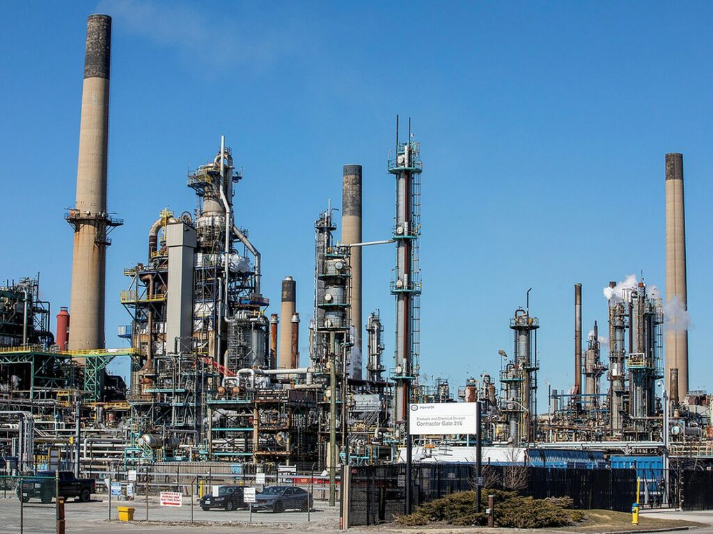 General view of the Imperial Oil refinery, located near Enbridge's Line 5 pipeline in Sarnia, Ontario, March 20, 2021. PHOTO BY CARLOS OSORIO /REUTERS